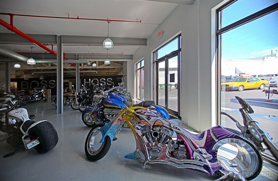 House_of_Thunder_USA_Motorcycles_07.jpg